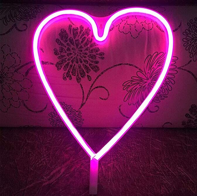 Heart Shaped LED Flexible Strip Lights USB Or Battery Operated For Home Decoration