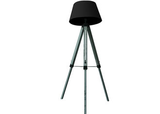 China Portable Floor Standing LED Lights Antique Wooden Tripod With Black Cover supplier