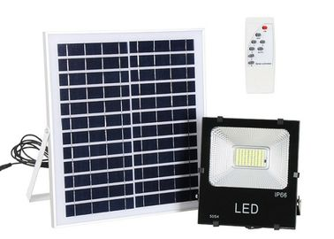 China 60 W 100 W Solar Area Lights / Street Flood Light With Remote Control supplier