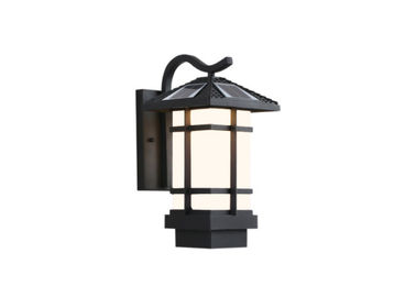 China Classical Style Retro LED Corridor Lighting / Outdoor Residential Area Solar Energy Wall Lamp supplier