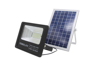 China Outdoor IP 67 Solar Floodlight Hainan Areca Garden Is Suitable For High-power Led Anti-theft Lighting supplier