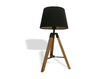 China Wooden Tripod LED Table Lamp White Black For Hotel Living Room D270*H460mm factory